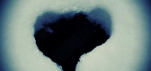 heart-shaped-hole-e1382136762731