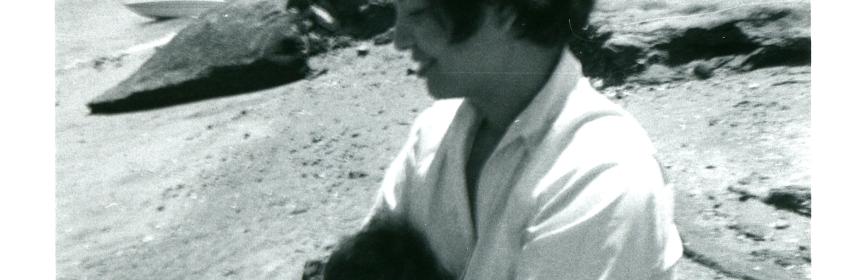 1959-11 mommy & me on the beach.
