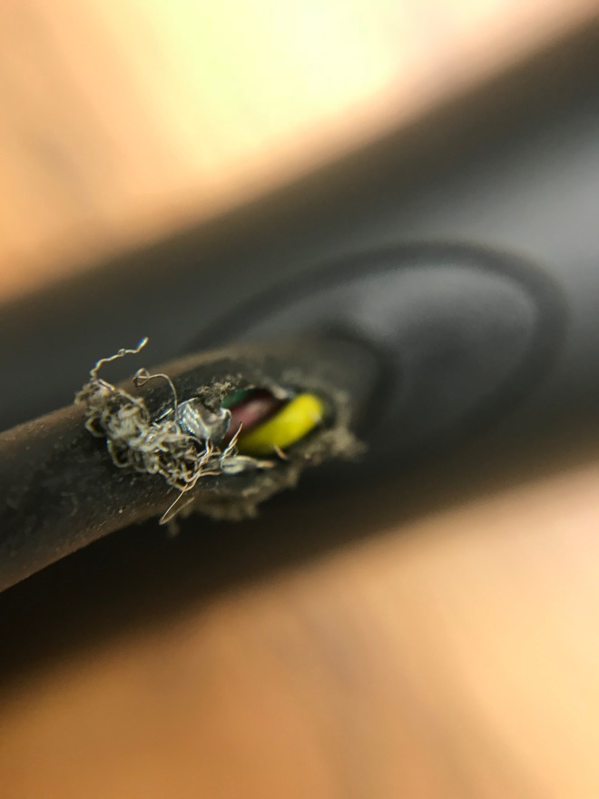 Broken Stylus Wire