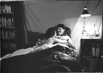 1990-06 COMM217 BW Photography - Boudoir (with Denise)