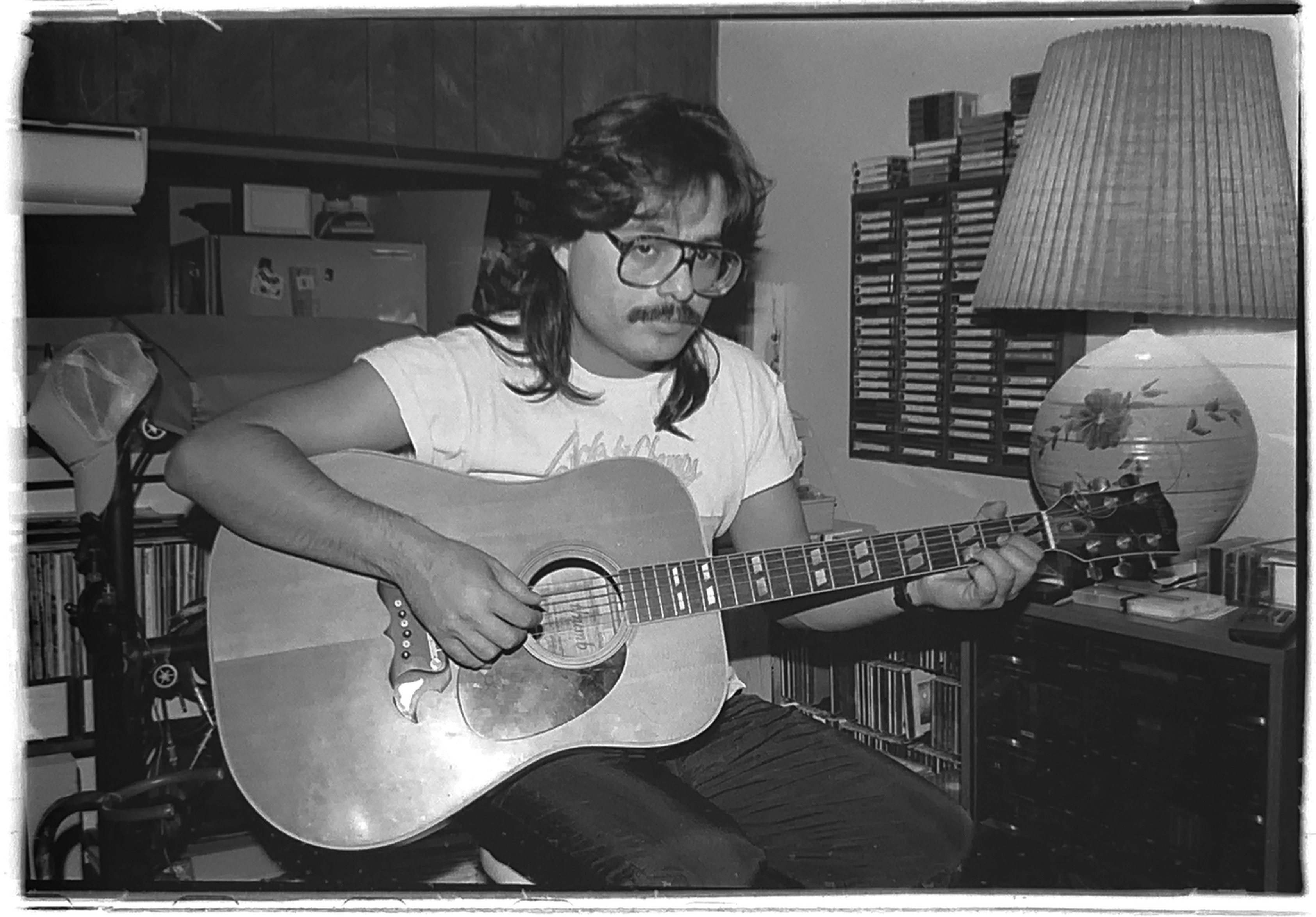 1990-06-comm217-bw-photography-self-portrait-guitar-dude-01