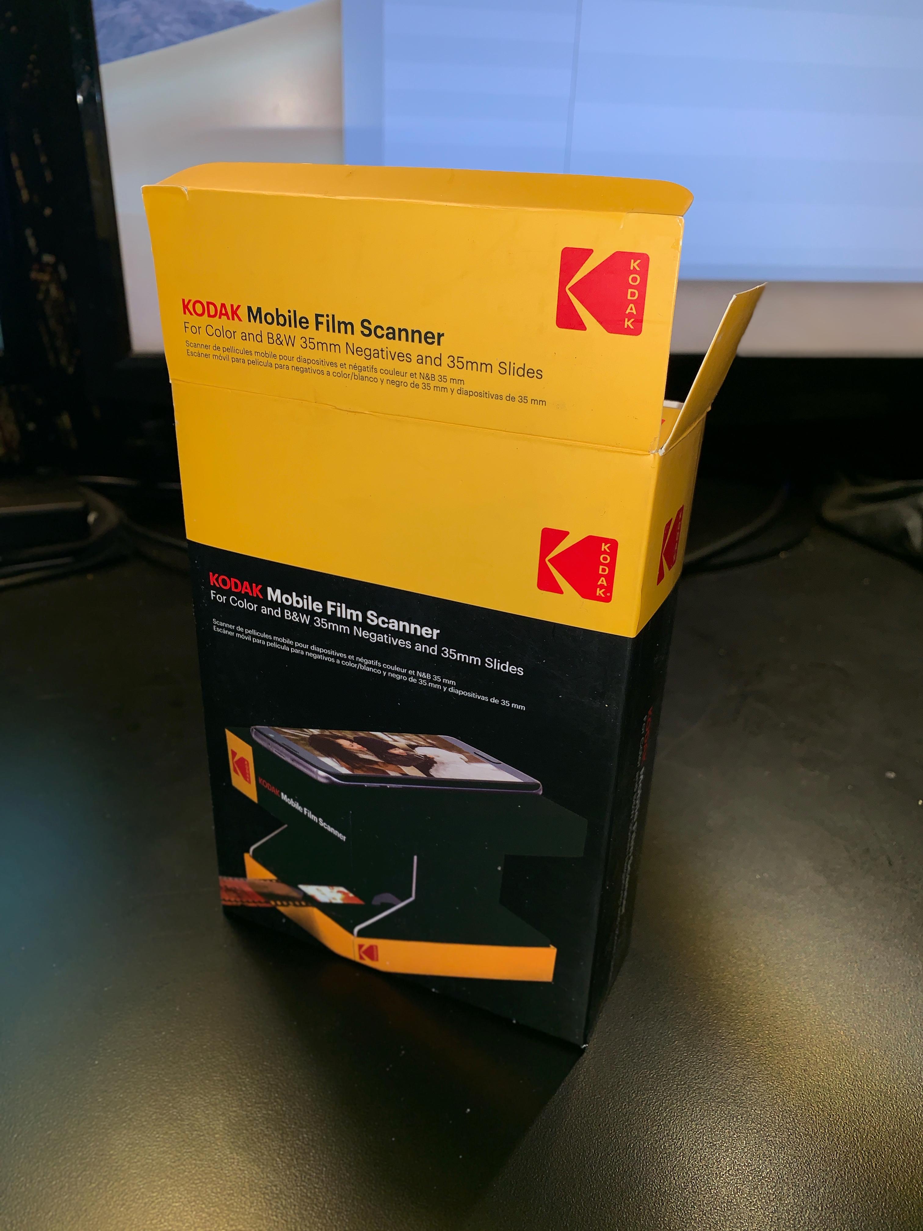 2019-07-25 Kodak Mobile Film Scanner-01 - box
