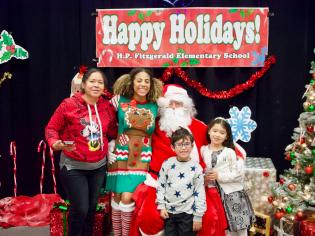 2019-12-20 Family Christmas Breakfast-04