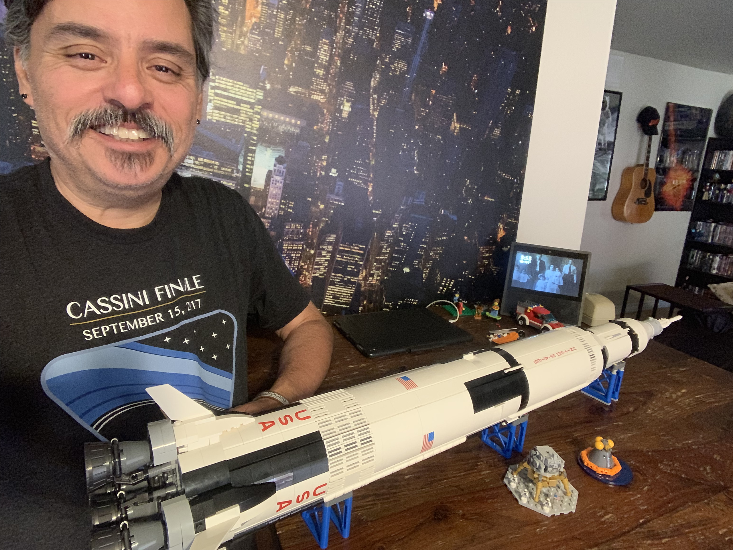 2019-06-05 LEGO Saturn V Build-09