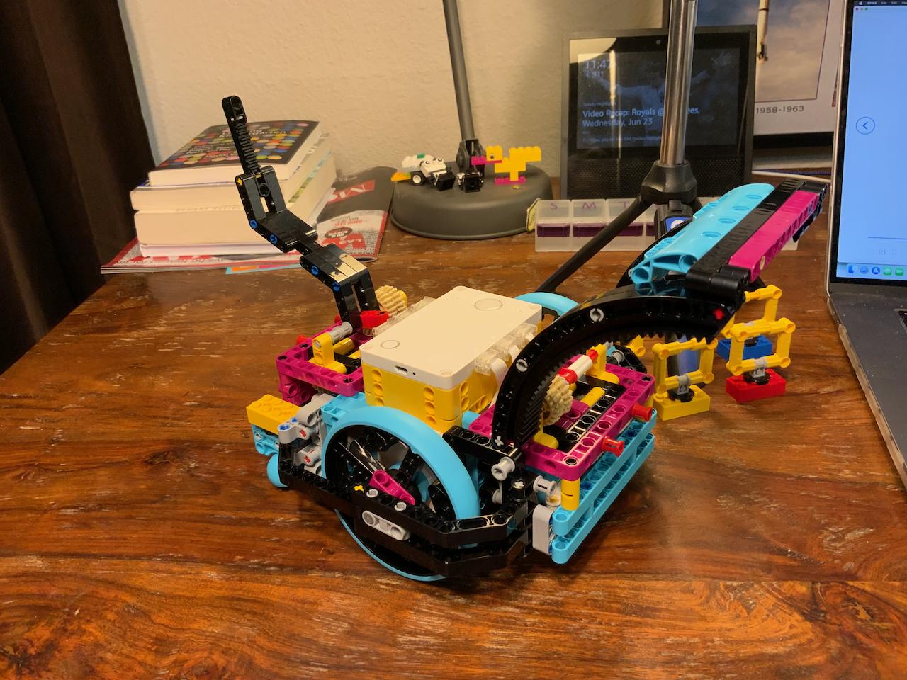 2021-06-24 LEGO Spike Prime Turtle robot